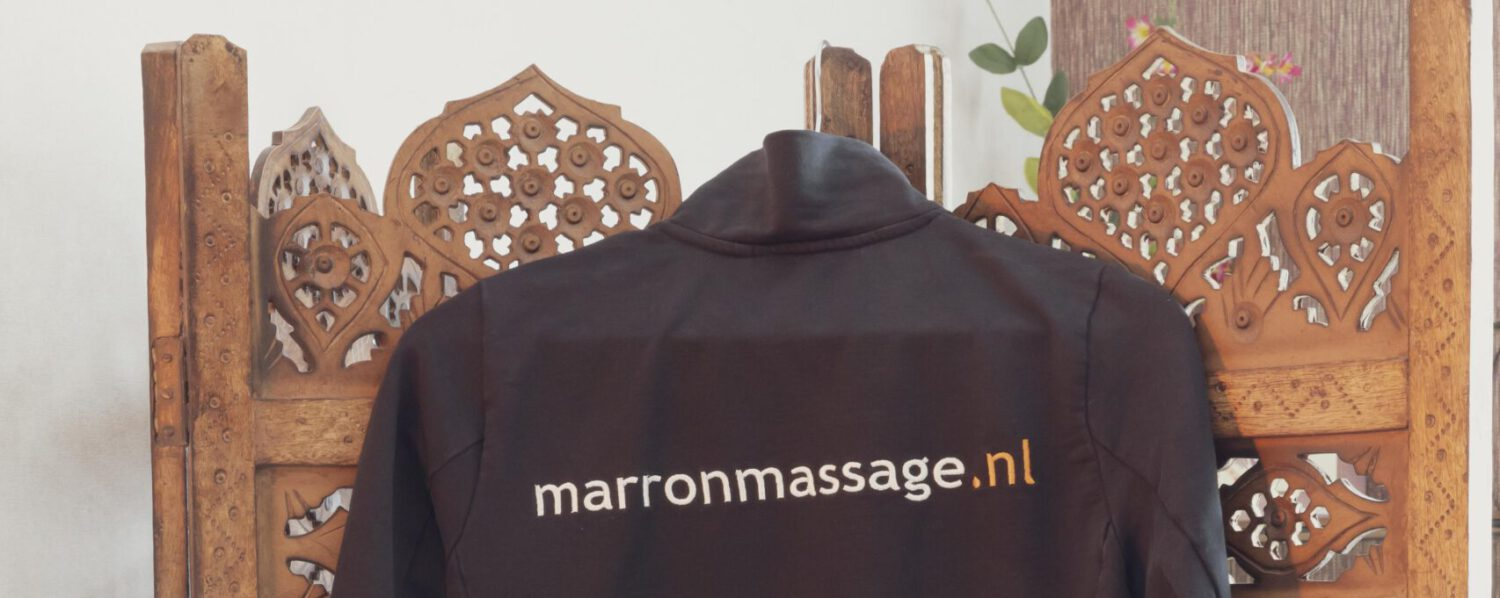 Marrón Massage